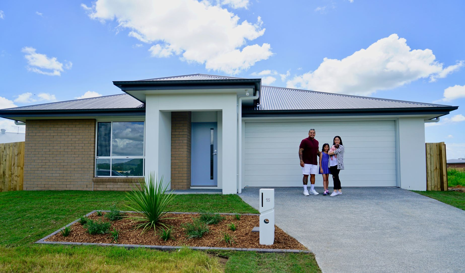 Guide to Buying a House in QLD | No1 Property Guide